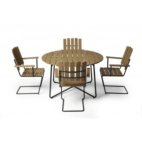 Lackad ek Grupp 4, Fåtölj A2, 9A bord 100 cm